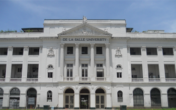 MBBS in De La Salle University